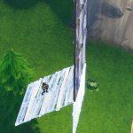 高所から壁を伸ばしながら降りるのができないんだけどコツ教えて